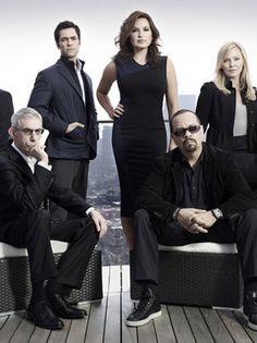 New York Unité Spéciale une série TV de Dick Wolf avec Mariska Hargitay, Ice-T. Retrouvez toutes les news, les vidéos, les photos ainsi que tous les détails sur les saisons et les épisodes de la série New York Unité Spéciale