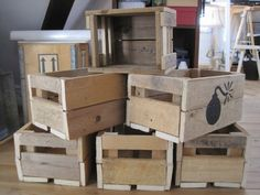 Wooden boxes made of pallets to use as a box full of gifts, shoebox, bookshelf, bicycle box etc...  More information at Genanvendt website ! Idea sent by Anna Lynge !
