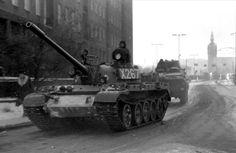 Tanks in Gdansk, winter 1981