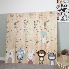 Wooden Diy, Wooden Boxes, Nursery Room, Baby Room, Diy Bebe, Height Chart, Kids Wood, Recycled Furniture, Nursery Neutral