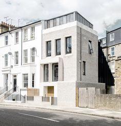 End-of-terrace house / Liddicoat & Goldhill