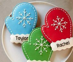 Christmas Mitten Cookies Edibles Baked Goods Cookies Holiday Cookies – My Favorite Christmas Sugar Cookies, Christmas Sweets, Noel Christmas, Christmas Goodies, Holiday Cookies, Christmas Baking, Christmas Stocking Cookies, Christmas Cookie Cutters, Holiday Desserts