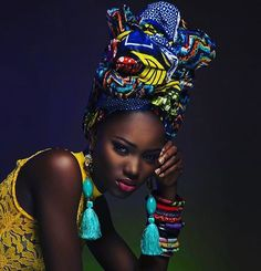 African Prints in Fashion - This is everything! I want all of her accessories!...