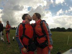 Last minute kiss before the jump! #skydive  http://www.gojump.de/en.html