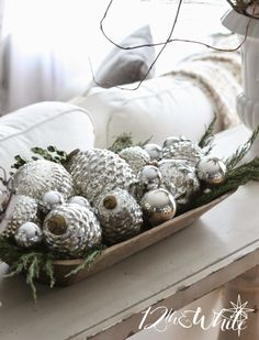 Christmas House Tour - lots of naturals, neutrals and metallics white christmas Silver Christmas, Christmas Love, Country Christmas, All Things Christmas, Vintage Christmas, Christmas Holidays, Christmas Crafts, Christmas Mantles, Christmas Trees