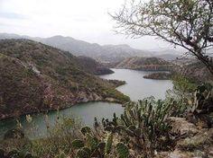 EL COMALILLO desarrollo ecoturístico en Atotonilco El Grande Hidalgo  En el lugar se podrán realizar actividades de turismo de naturaleza como paseos en lancha kayak y pesca recreativa además senderismo interpretativo observación de flora y fauna y fotografía rural. #Turisteando #AtotonilcoElGrande
