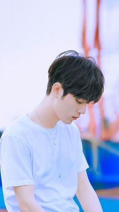 The Titan's Bride Korean Men Hairstyle, Korean Haircut, I Love Cinema, Cute Asian Guys, Boy Idols, Chinese Man, Cute Actors, Ulzzang Boy, Poses