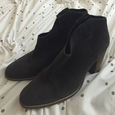 Anthro Ankle Boots Never worn Anthropologie Shoes Ankle Boots & Booties