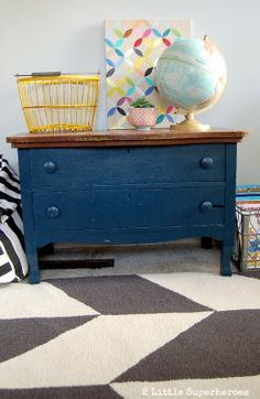 Dark blue painted dresser - maybe I'll remove just the paint on the top of mine! Furniture Fix, Country Furniture, Painted Furniture, Master Bedroom Plans, Blue Chests, Blue Dresser, Painted Chest, Furniture Inspiration, Boy Room