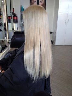 shine bright like a diamond, or like this shimmering blonde created by Troy form Mt Gravatt using goldwell colours and finishing with a olaplex treatment .