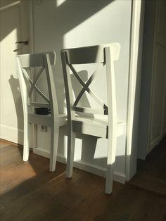 Ikeahack witte stoel, dressboy