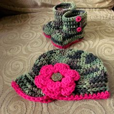 Camouflage Camo Baby Girl Hat and Booties Crochet. $$, no pattern but cute idea.