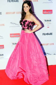 Katrina Kaif looking stunning in pink gown at the Filmfare Glamour & Style Awards 2016. #Bollywood #Fashion #Style #Beauty #Hot #Sexy