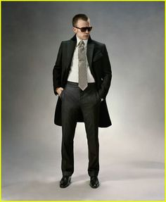 Chris Evans Suits Up in Tom Ford