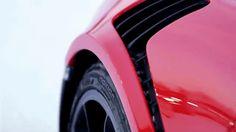 Se acerca el invierno. Para muchos es una época de calma, para nosotros es pura diversión #Porsche.