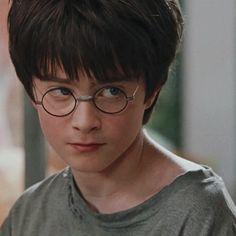Harry Potter Hermione, Daniel Radcliffe Harry Potter, Mundo Harry Potter, Harry Potter Icons, Harry James Potter, Harry Potter Tumblr, Harry Potter Pictures, Harry Potter Aesthetic, Harry Potter Characters