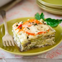 low-carb roasted garlic and chevre lasagna