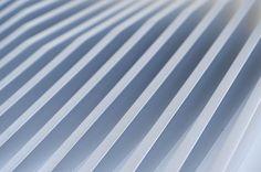Aluminum Heatsink is a minimal laptop stand designed by New York-based designer Bryan Wong