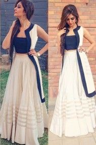 Youdesign Raw Silk Fusion Wear In Off White Colour Size Upto 66 Party Wear Indian Dresses, Indian Fashion Dresses, Designer Party Wear Dresses, Indian Gowns Dresses, Dress Indian Style, Girls Fashion Clothes, Indian Designer Outfits, Stylish Dresses For Girls, Stylish Dress Designs