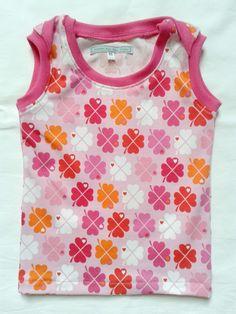 Baby hemd van bygraziela jersey met roze boordstof