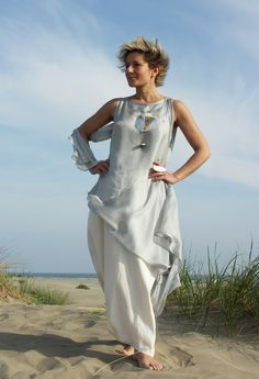 Tunic 'Roma' double veil of pastel blue silk worn over a linen skirt sarouel