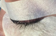 Taping techniques – exposing difficult natural lashes