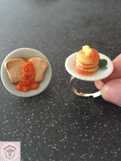 Beans on toast & pancake rings From Mini Moments by Jamielee© Www.fb.com/minimomentsbyjamielee