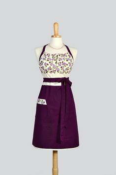 Cute Kitsch Retro Apron , Full Kitchen Womens Apron in Eggplant Purple Floral