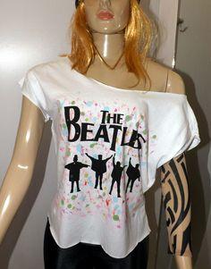 Nem toda camiseta de rock tem que ser preta, mas também não precisa ser sem graça!