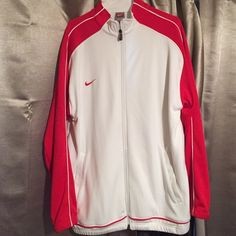 Men's Nike Sports Jacket Men's Nike Sports Jacket. Men's L Used but Like New Condition Nike Jackets & Coats