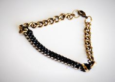 DIY this lanyard and chain bracelet with this easy tutorial.