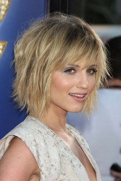 chin length hair round face - Google Search