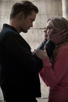 Still of Alexander Skarsgård and Kristin Bauer van Straten in True Blood... this part made me cry... :(