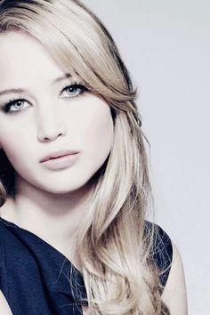Jennifer Lawrence... just absolutely mesmerizing!!