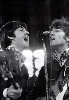 Paul and John singing (John looks especially good here, just saying).