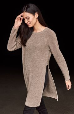 Play with proportions. Our Italian Undyed Cashmere tunic, with dramatic side slits.