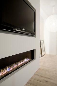 copenhagen apartment. tv. fireplace.