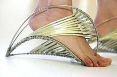 Resultado de imagen de zapatos raros y extravagantes