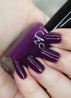 Zoya Nail Polish in Bentley from the Luscious Collection  Swatches Sparkle Nail Polish, Zoya Nail Polish, Nail Polish Colors, Nice Nails, Fun Nails, Purple Makeup, Bubblegum Pink, Holiday Nails, Shades Of Purple