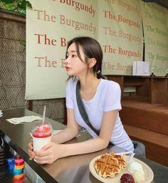 Ulzzang Korean Girl, Cute Korean Girl, Son Hwamin, Hwa Min, U Go Girl, Snap Girls, Teen Relationships, Korean Aesthetic, Asia Girl