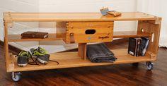 turnzeitlos Sprungkasten, Turnkasten, vintage Alte Turngeräte umfunktioniert als Lowboard mit Schublade und Regalfächern.