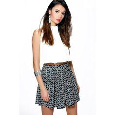 Boohoo Night Lalita Monochrome Geo Box Pleat Skater Skirt ($20) ❤ liked on Polyvore featuring skirts, multi, skater skirts, circle skirt, white circle skirt, mini skirt and white midi skirt