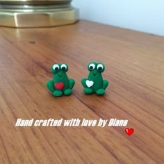 2 Hand Crafted Polymer Clay  Micro Mini Frogs by SmallStuffbyDiane