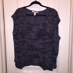 Forever 21 top Forever 21 top, gray, oversized, slightly sheer, size medium (runs big), never worn, no tags Forever 21 Tops