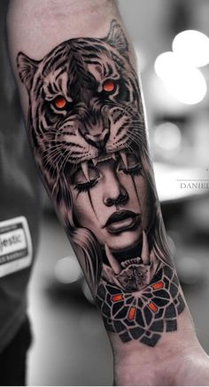 The new year has decided to take us by surprise and has released some magnificent body tattoos. These body tattoos are sensational. You will really enjoy these tattoos. Tiger Hand Tattoo, Hand Tattoos, Tiger Tattoo Sleeve, Forarm Tattoos, Forearm Sleeve Tattoos, Best Sleeve Tattoos, Tattoo Sleeve Designs, Body Art Tattoos, Tattoo Girls