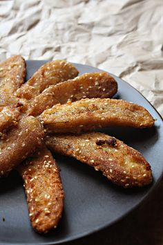 Thai Fried Bananas (I could make OR I could just go to Thailand and find them on the streets.)