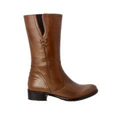 34 ve 35 numara ayakkabı bulamayan kadınlar için çözüm burada. Gerçek deriden, 34-40 numara arası, kahverengi uzun bot. Web sitemizden ELL4474-17 koduyla bulabilirsiniz. #buyuknumara #ayakkabi