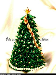 kanzashi christmas tree by syoori.deviantart.com on @DeviantArt
