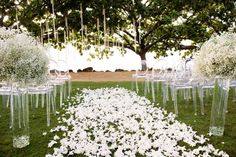 White wedding ceremony flowers | Derek Wong Photography