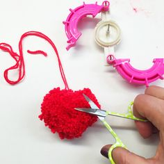How to make a #heart shaped #pompom for #Valentines Day - over on the blog now!